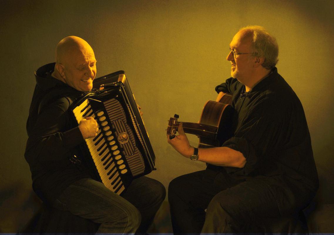 Leuchter-Melrose-Duo