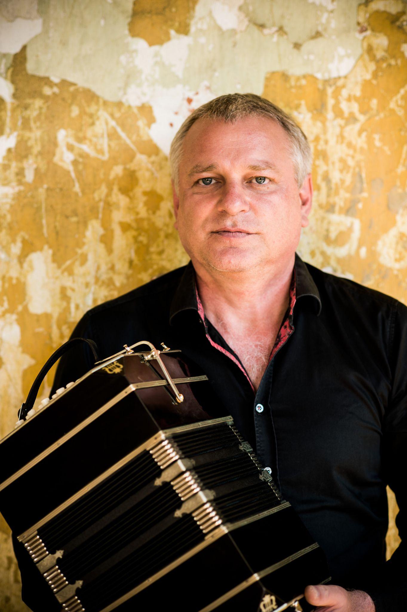 Klaus Paier, Bandoneon by Michael Reidinger