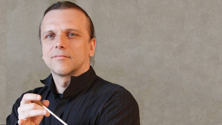 Dirigent Enrique Ugarte , Copyright: NDR